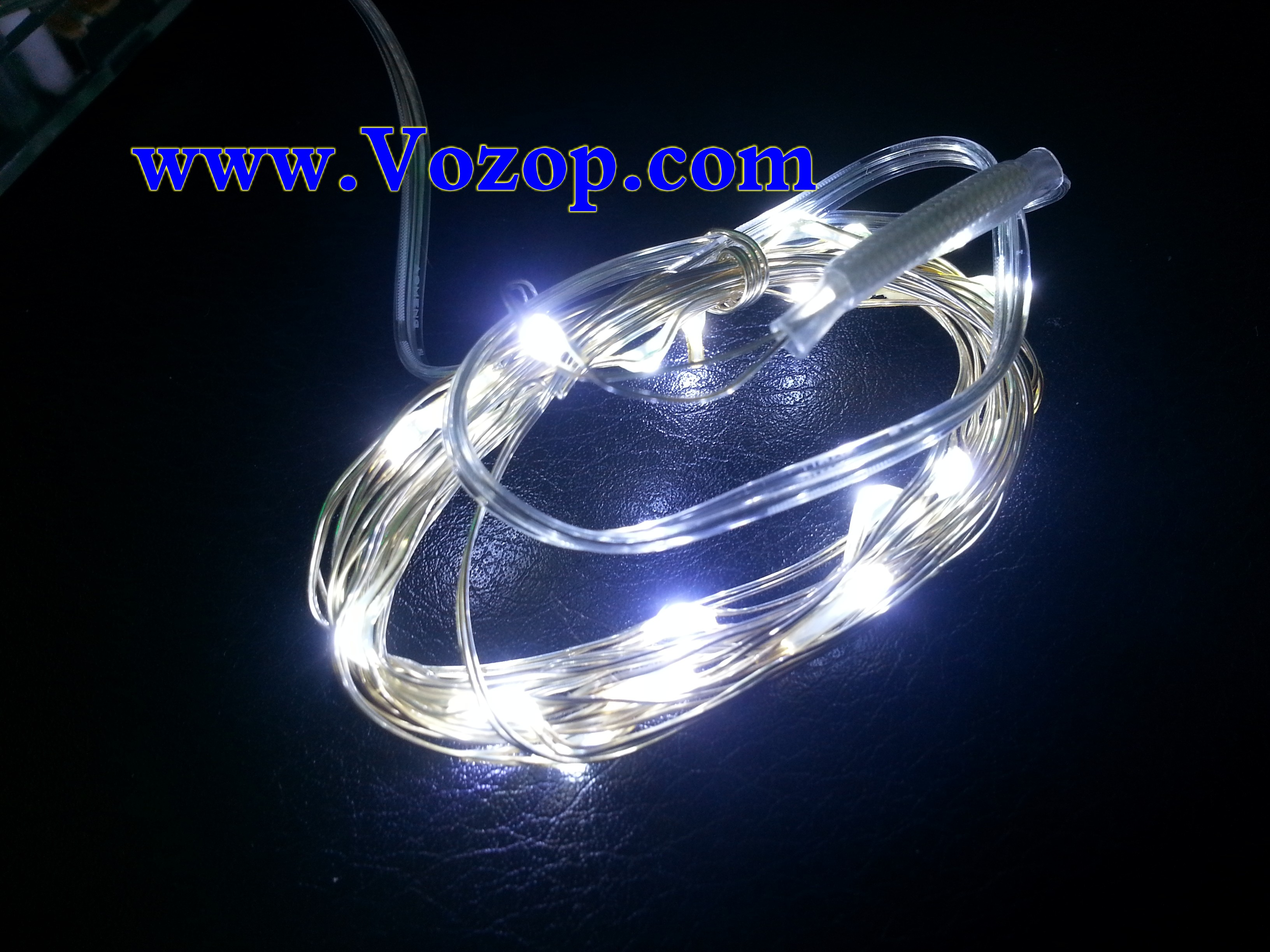 3M_30_LEDs_Copper_Wire_LED_Fairy_Lights_Battery_Operated_white